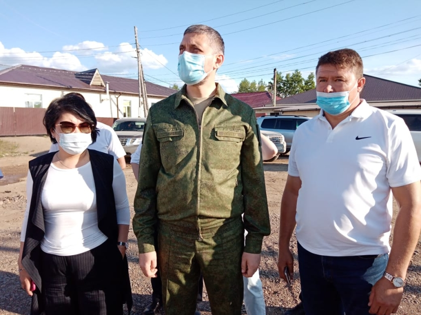 Губернатор Забайкалья поручил разобраться с вопросом переселения из аварийного жилья в поселке Новоширокинский