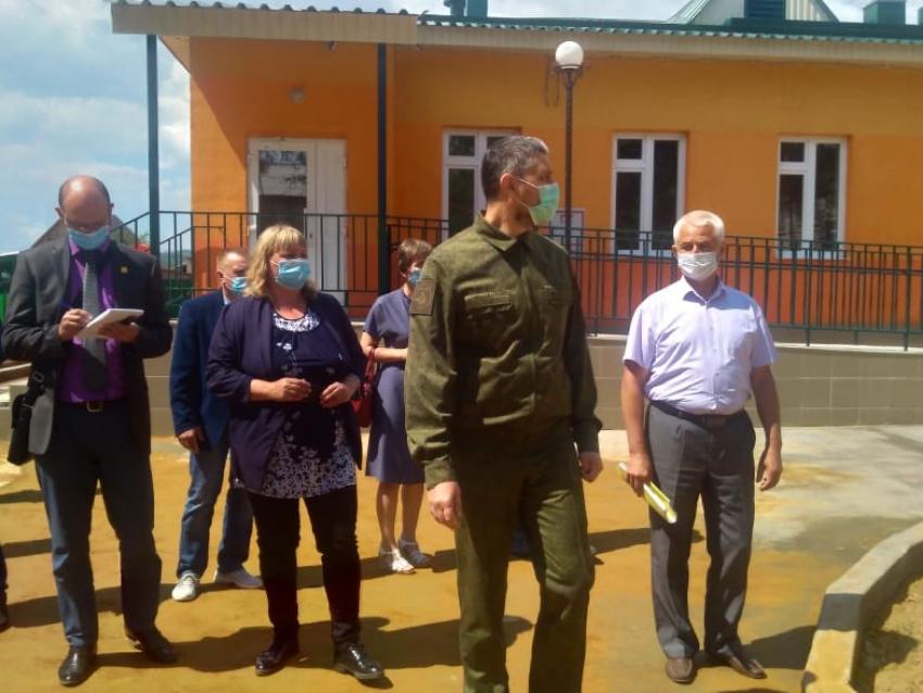 Александр Осипов осмотрел новый ясельный корпус детского сада в Красном Чикое