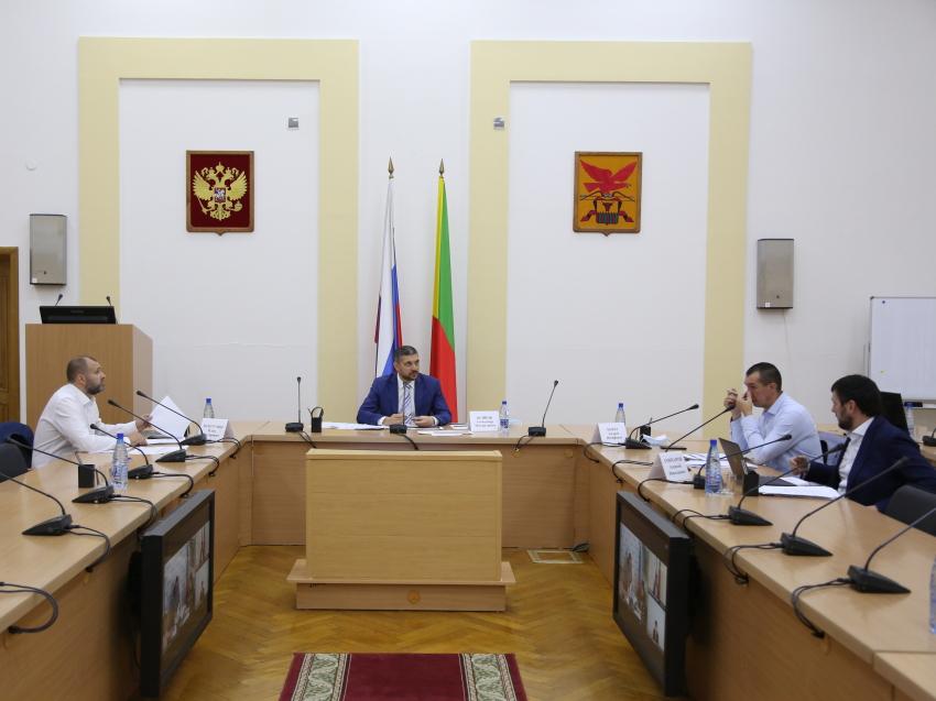 Губернатор Забайкалья обсудил вопрос аварийного жилья с министром строительства РФ