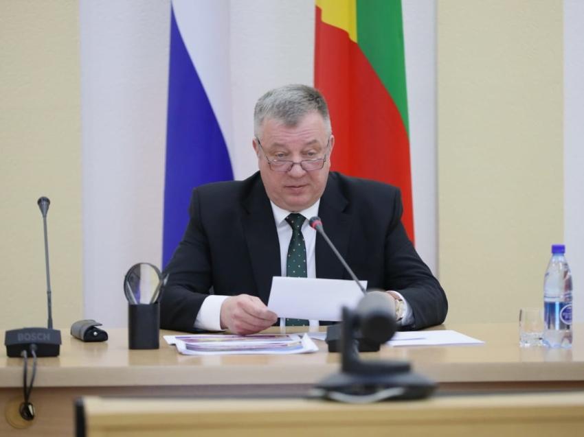 Гурулев: Чиновники должны на своем примере показывать необходимость вакцинации