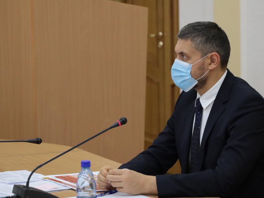 Александр Осипов: Нужно расторгать контракты с недобросовестными подрядчиками