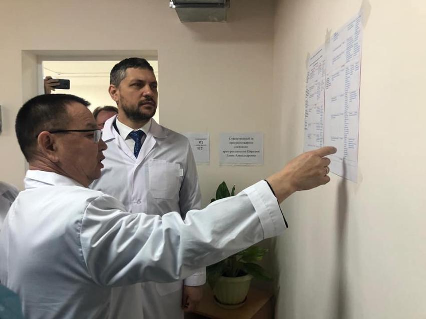 Александр Осипов поздравил работников забайкальской системы здравоохранения с праздником