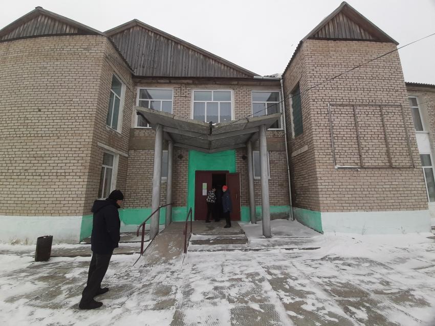 Самый большой ДК в Хилокском районе отремонтировали по партийному проекту