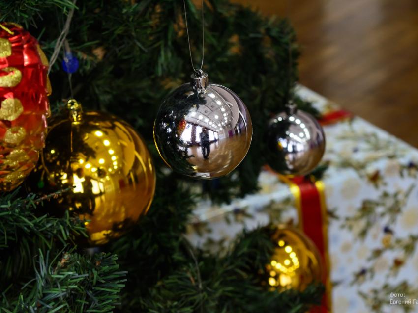 Известные забайкальцы поздравляют земляков с наступающим Новым годом