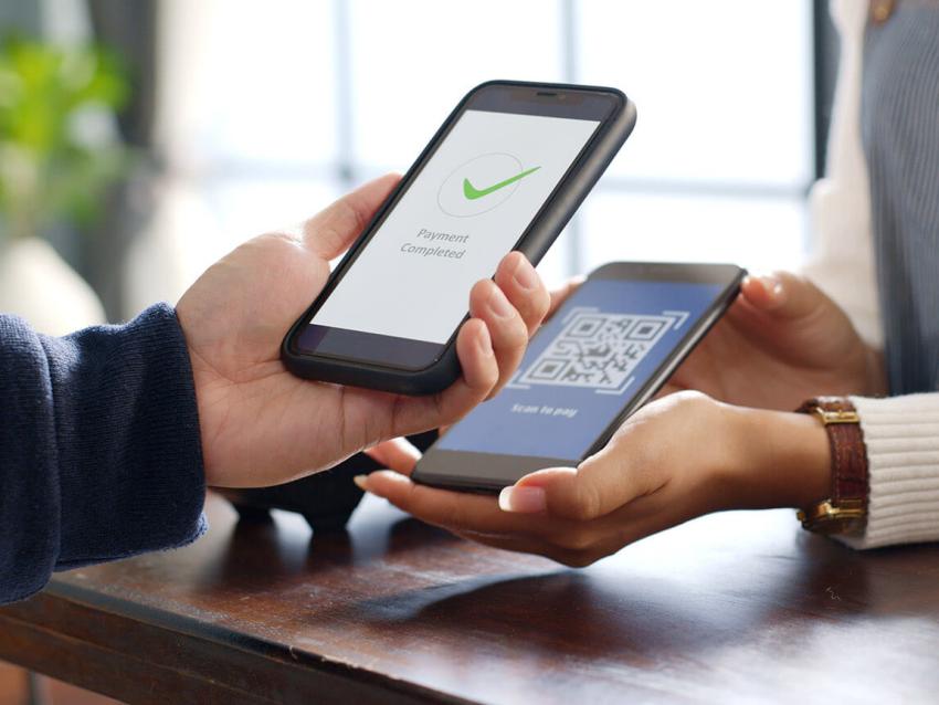 Новые возможности для малого бизнеса: оплата товаров и услуг с использованием мобильного телефона