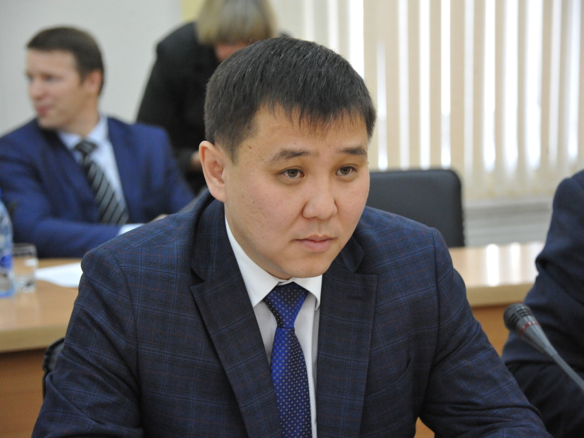 Александр Осипов представил руководителя администрации Агинского Бурятского округа