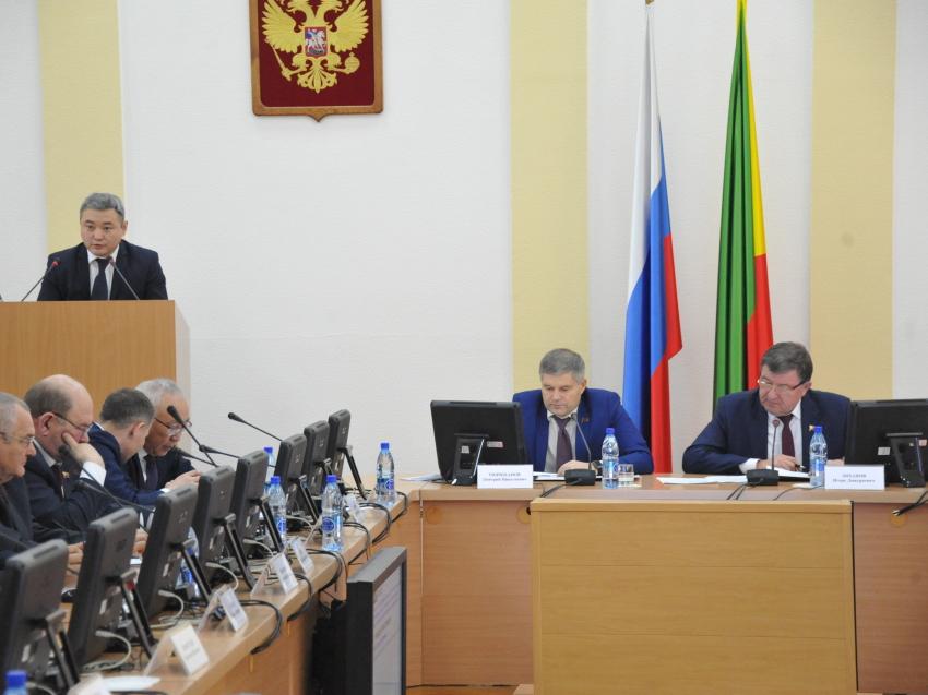 В Забайкальском крае снизятся налоги для владельцев аптек и магазинов обуви