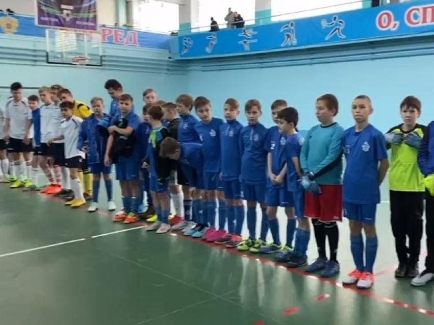 Турнир по мини-футболу завершился в поселке Первомайский