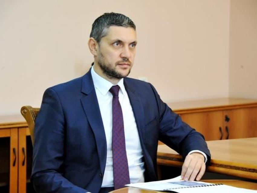 Александр Осипов представил депутатам Законодательного собрания кандидатов на пост вице-премьеров