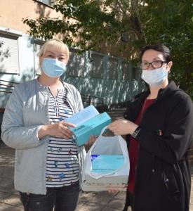 Волонтеры СУЭК продолжают оказывать помощь населению Борзинского района