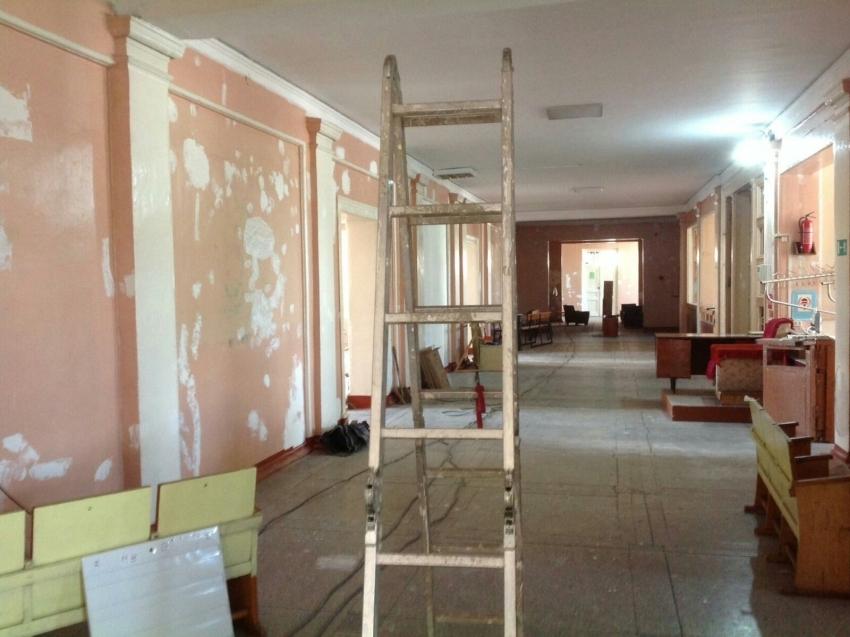 Фонд развития Забайкалья направит финансирование на ремонт школы в Чите