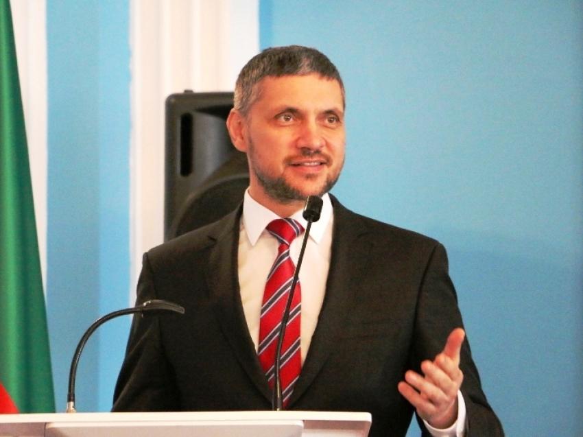 Александр Осипов поздравил сотрудников санитарно-эпидемиологической службы Забайкалья с праздником