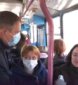 Пассажирам общественного транспорта в Забайкалье напомнили о необходимости носить маски