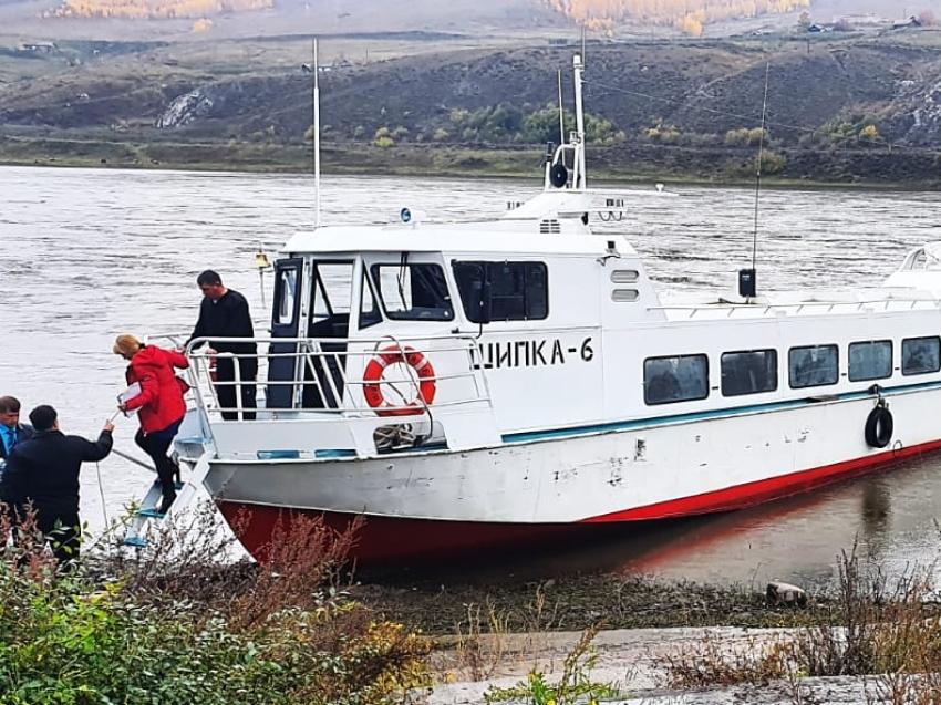 Комфортабельный катер «Шилка-6» вышел в технический рейс в Забайкалье
