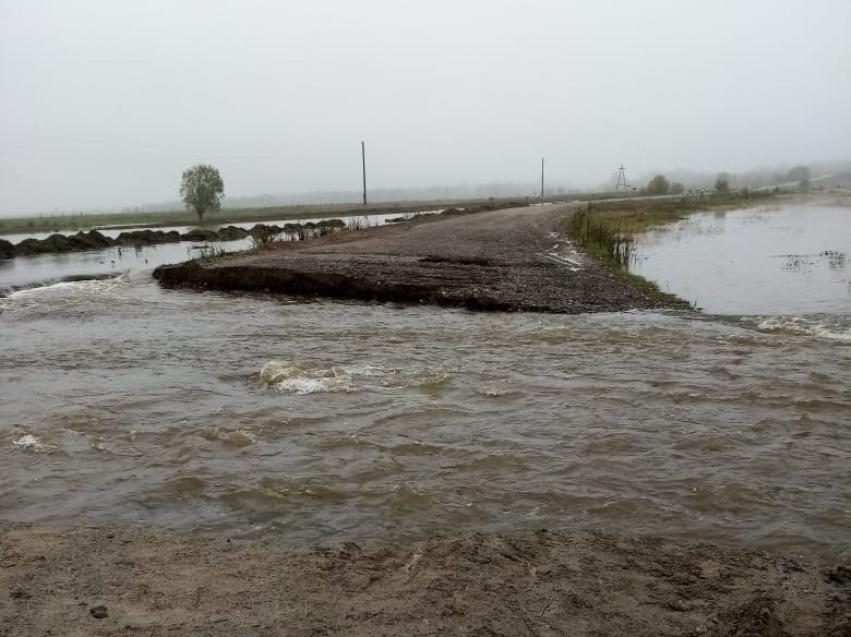 В Забайкалье восстановили проезд по всем ранее подтопленным участкам дорог, кроме подъезда к Нуринску