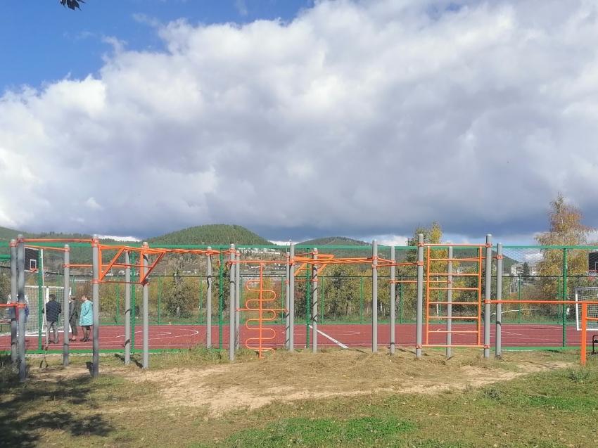 Настоящие богатыри снова тренируются на стадионе «Витязь» в Хилке