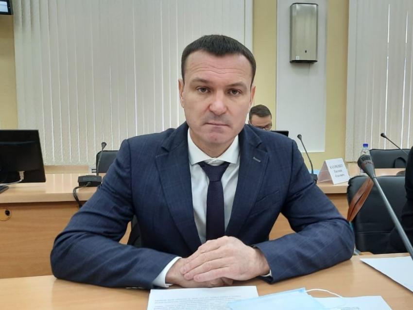 Виталий Ломаев отчитается о деятельности министерства 15 января