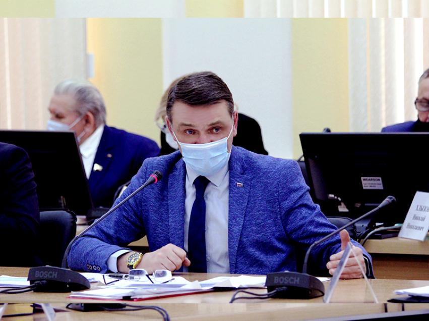 Евгений Казаченко: в 2021 году размер выплаты на детей от 3 до 7 лет будет увеличен