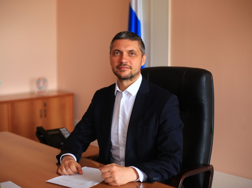 Александр Осипов поздравил забайкацев с Днём геолога