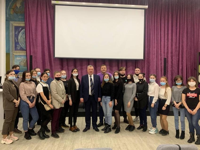 Андрей Гурулев оценил готовность медиа-корпуса помощников вакцинации к работе в Забайкалье