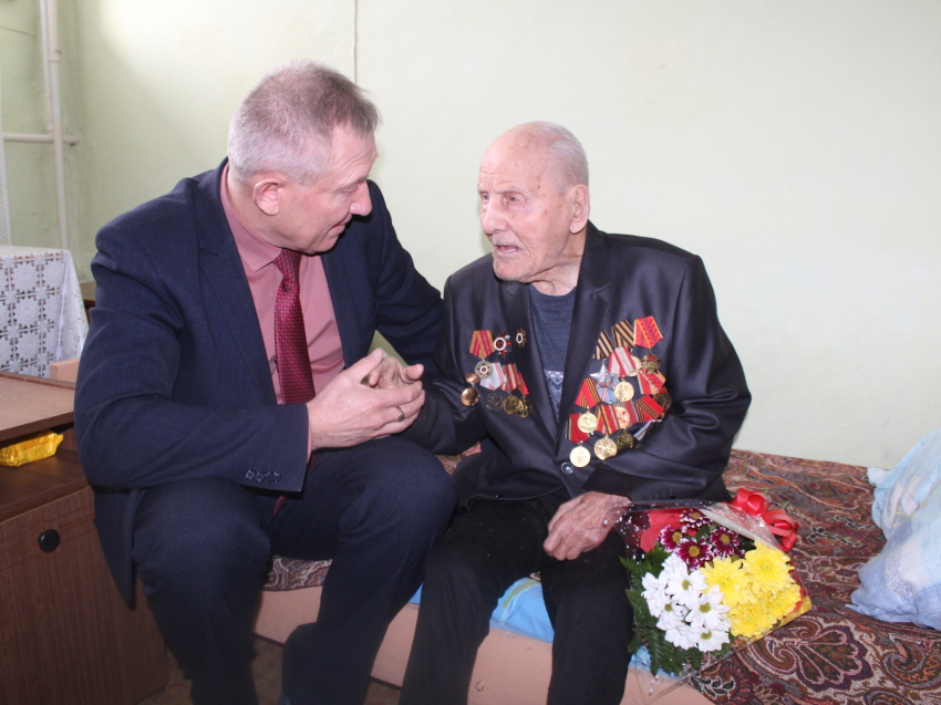 Забайкальские ветераны Великой Отечественной войны получили адресную денежную помощь ко Дню Победы