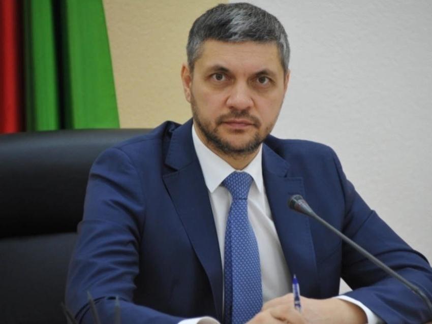 Александр Осипов поручил усилить меры безопасности на объектах, предназначенных для детей,  в связи с трагедией в Казани