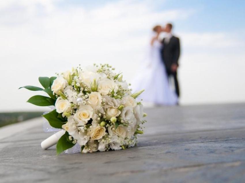 За шесть месяцев в Забайкальском крае зарегистрировано три тысячи браков