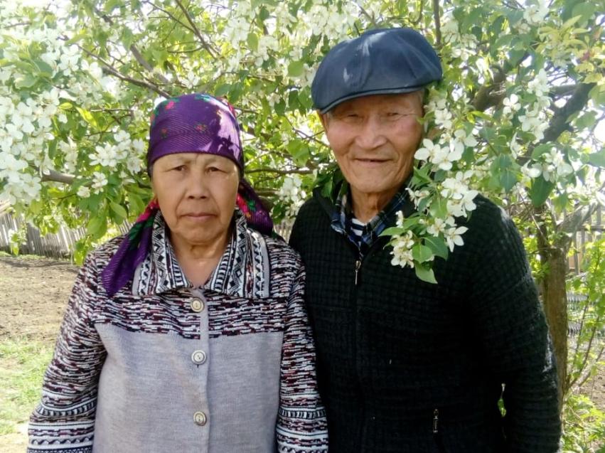 Первые медали «За любовь и верность» в этом году вручили в Чернышевском районе