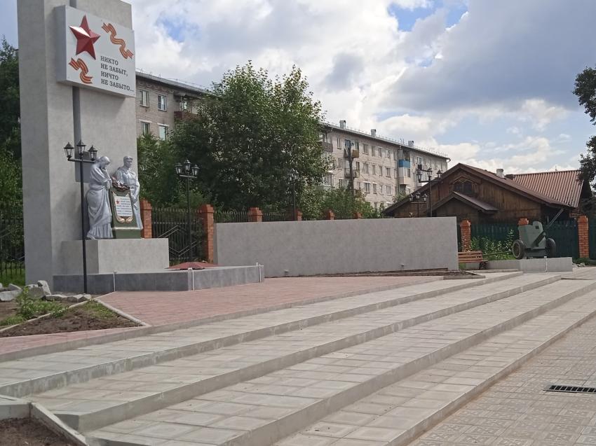 В Хилке восстановили комплекс, посвящённый сражавшимся в годы Великой Отечественной войны землякам