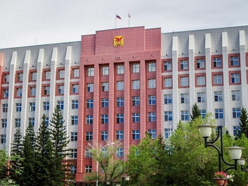 Правительство Забайкалья: Пожарные получат дополнительную надбавку к зарплате до 8 сентября
