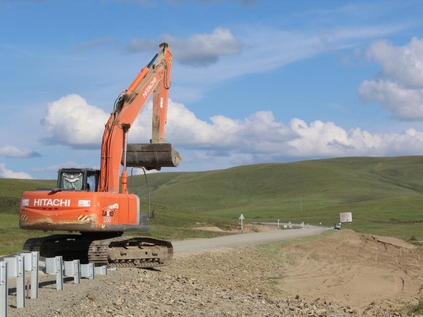 Участок дороги Бырка-Акша в Ононском районе Забайкалья дополнительно отремонтируют в этом году