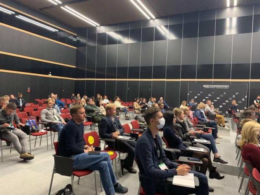 Специалист дворца культуры Петровска-Забайкальского стала участницей форума «Кино Экспо» в Санкт-Петербурге