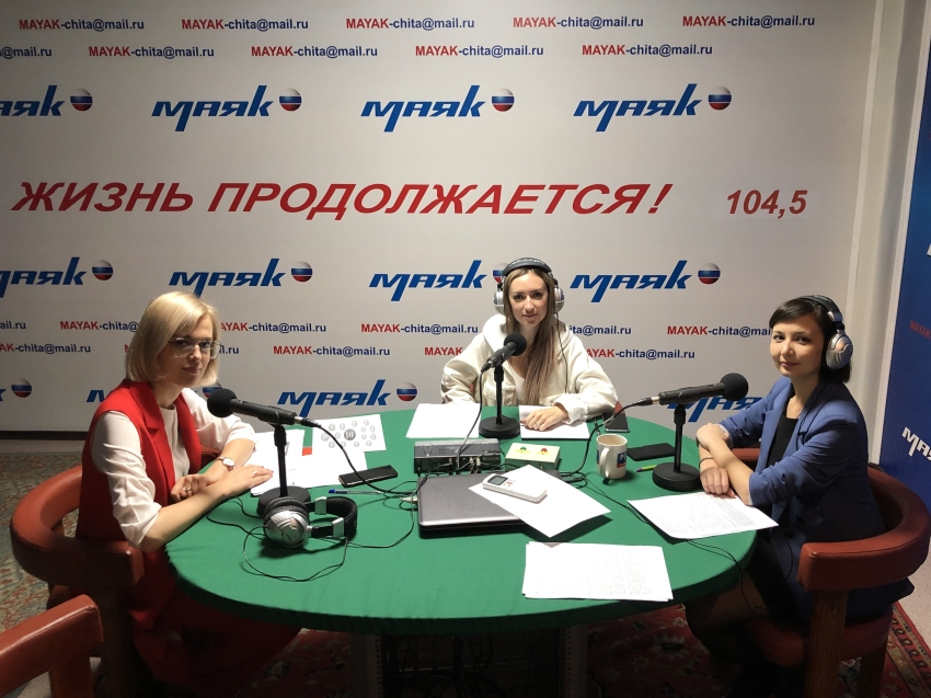 О режиме для самозанятых рассказала Виктория Бессонова в прямом эфире на радио «Маяк»