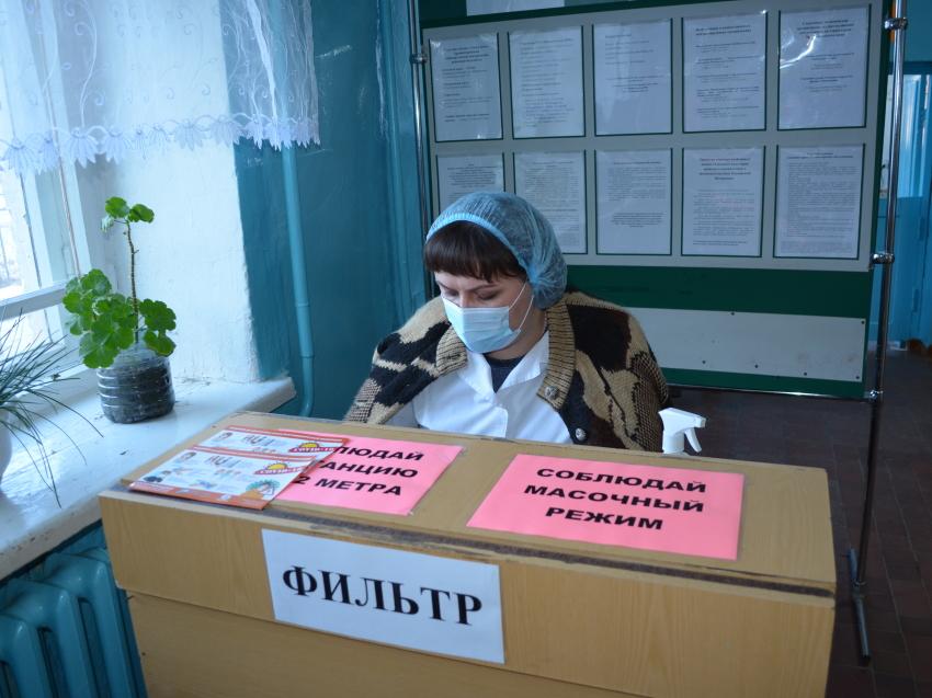 Денис Бочкарев проверил качество организации медпомощи больным в Приаргунском районе