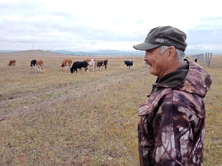Денис Бочкарев: «Нужно заново научиться заниматься производством молока в Забайкалье»