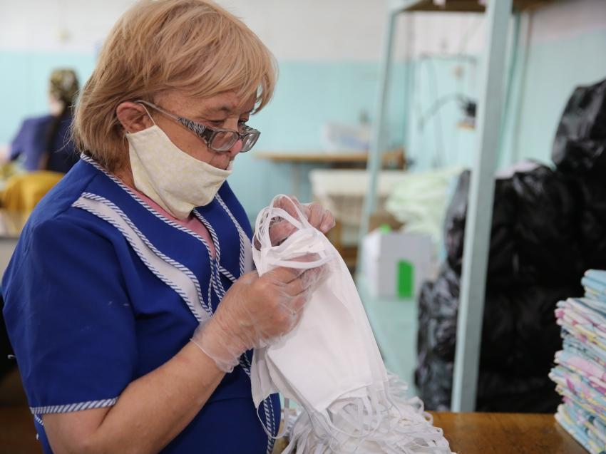 Минэконом Забайкалья: районы региона дополнительно получили еще 14 тысяч защитных масок