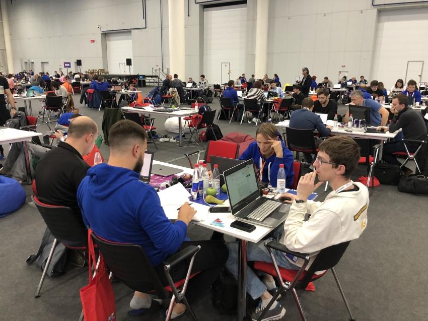 Шесть тысяч участников заявлены в чемпионат конкурса «Цифровой прорыв»