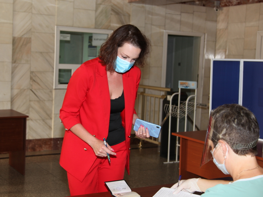 На объектах энергетики работают выездные избирательные комиссии