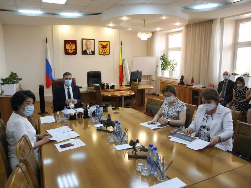 Забайкальские школьники выполнили более 35,7 миллионов интерактивных заданий на сайте Учи.ру