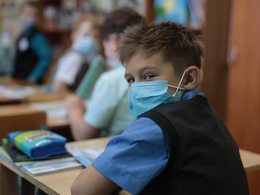 Новый режим работы школ ввели еще в 11 населенных пунктах Забайкалья