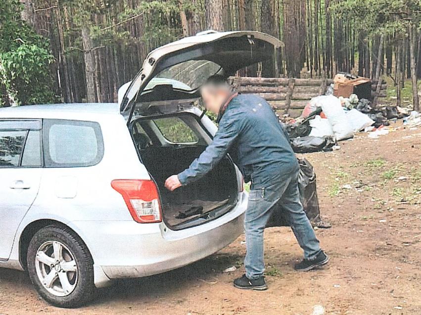 Выбрасывающего мусор в лесу забайкальца привлекут к ответственности