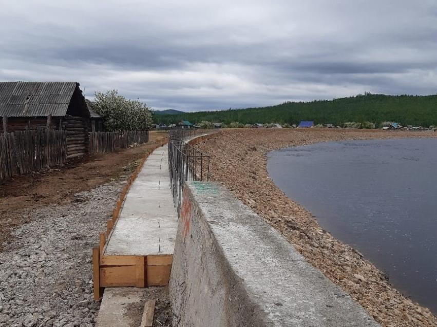 Капитальный ремонт дамбы завершился в Тунгокочене
