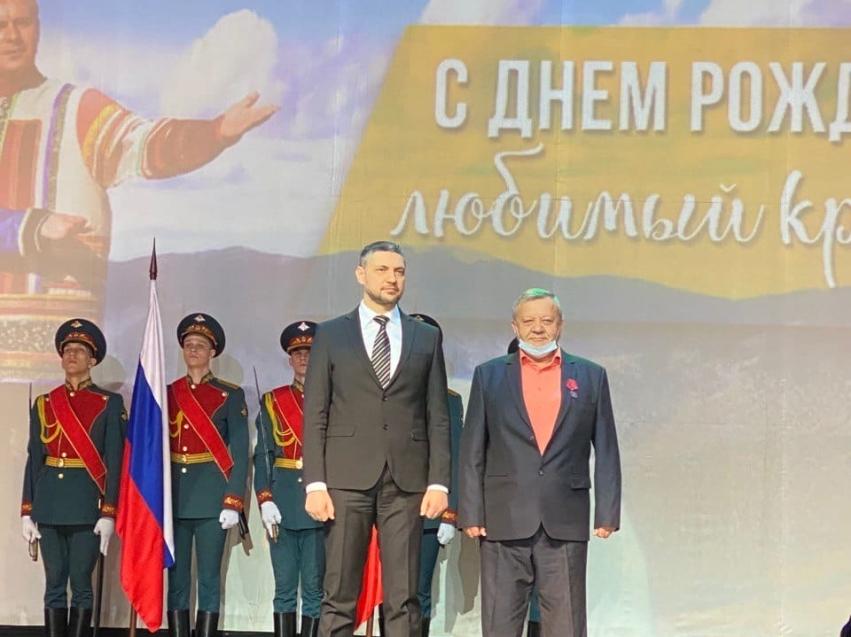 Александр Осипов вручил медаль тренеру Забайкалья «За заслуги перед Отечеством»