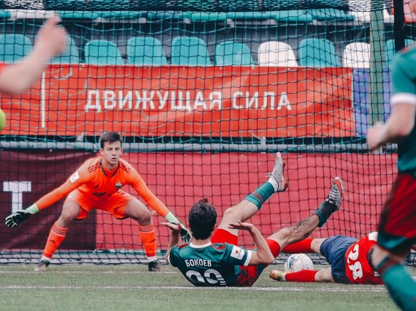 Футбольный клуб «Чита» со счетом 2.1 обыграл московскую Казанку на выезде