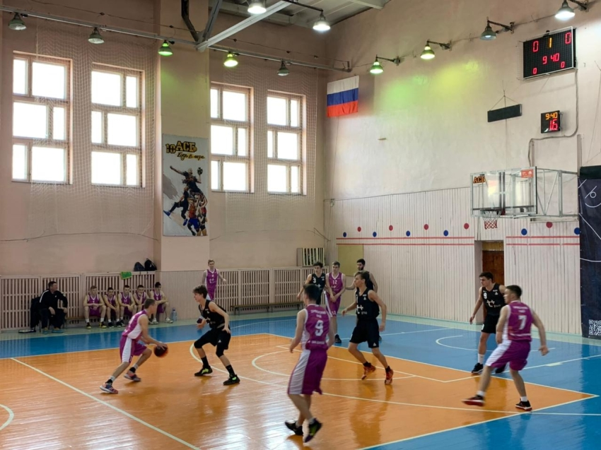В Чите стартовал финал ДФО чемпионата школьной баскетбольной лиги «КЭС-БАСКЕТ»