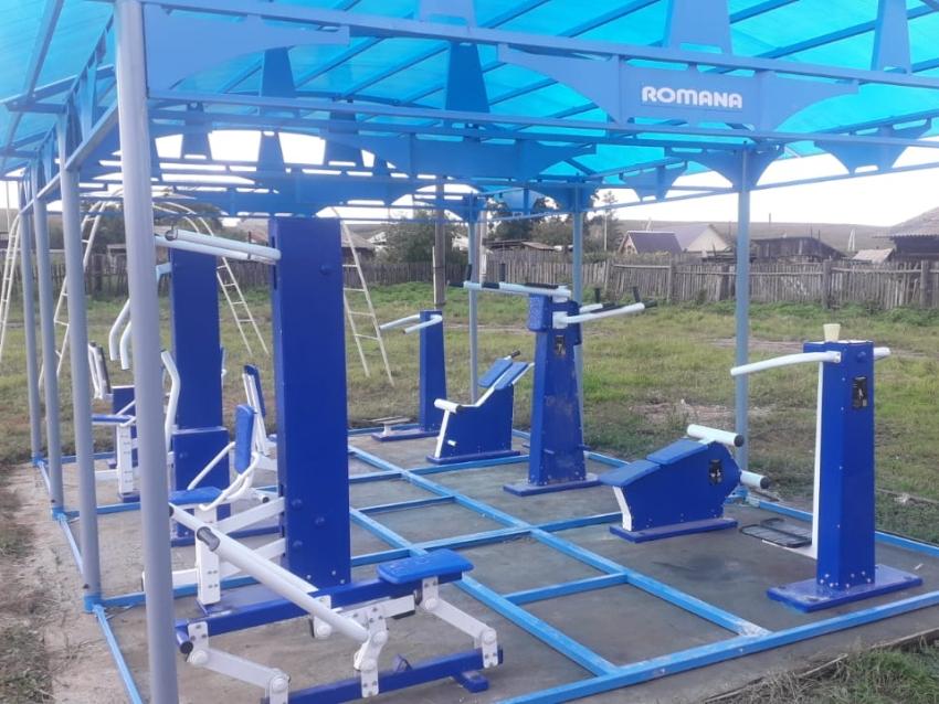 Тренажёрный комплекс с теневым навесом установлен в Сретенском районе