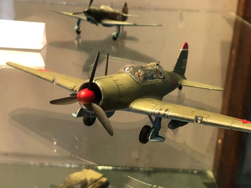 Выставка моделей военных самолетов и бронетехники откроется в кинотеатре «Бригантина» в Чите