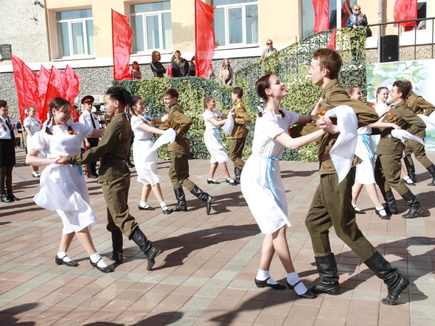 Министр культуры Забайкалья пригласила читинцев станцевать вальс Победы 9 мая