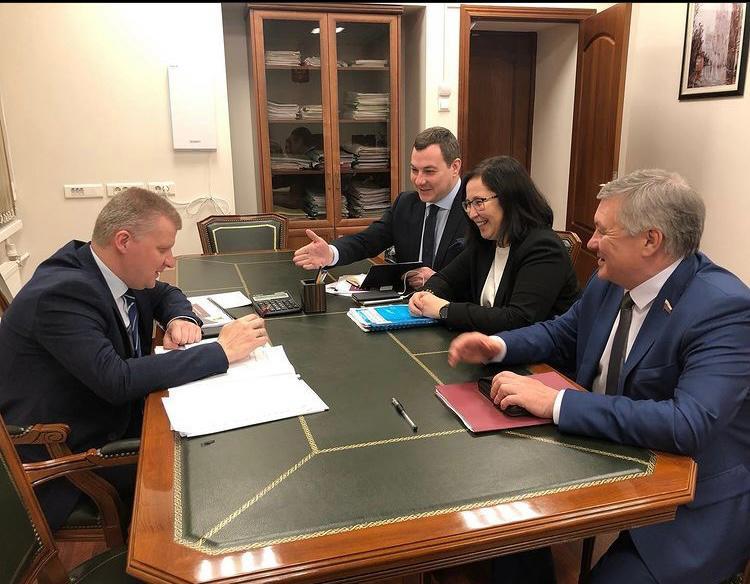 31 марта 2021 года состоялась встреча представителей Забайкальского края во главе с сенатором Михайловым С.П. с первым заместителем Министра просвещения Николаевым А.В.
