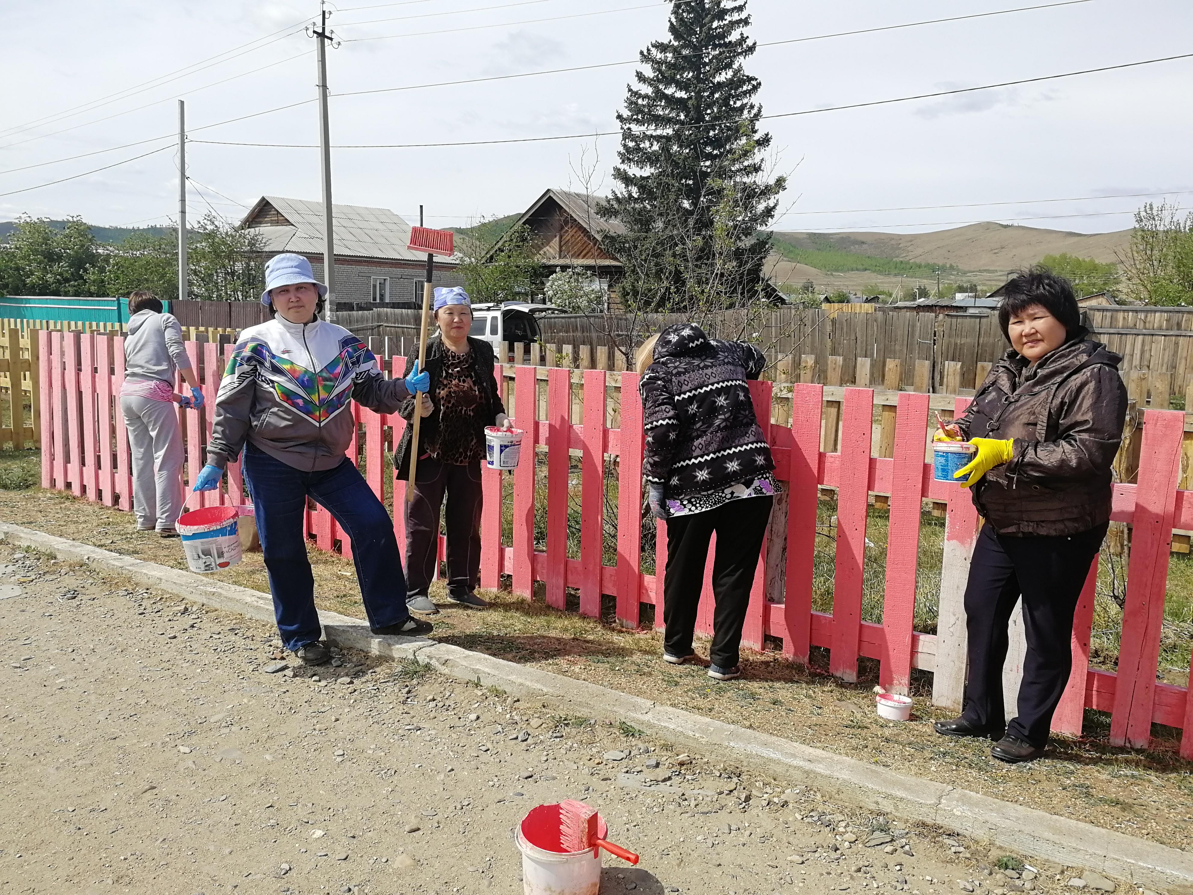 Специалисты отдела ЗАГС приняли участие в экологической акции